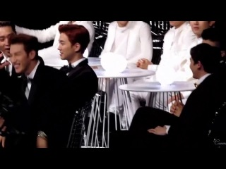 Nichkhun and 2PM's reaction when Tiffany was awarded